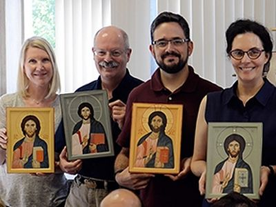 Iconography classes draw non-Orthodox in search of spiritual images