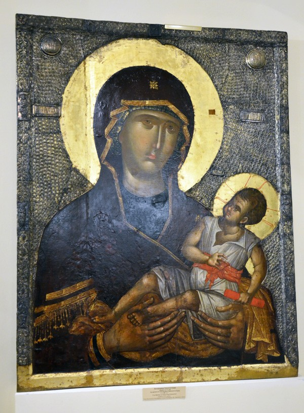 """Icon of the Mother of God, """"The Saver of Souls"""" (Psychosostria)"""
