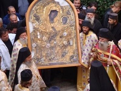 Miracle at Docheiariou Monastery: man mute from birth begins speaking before wonderworking icon