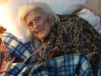 Matushka Juliana Schmemann reposes in the Lord
