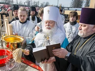 Foundation of Royal Martyrs church laid at site of Tsar's abdication