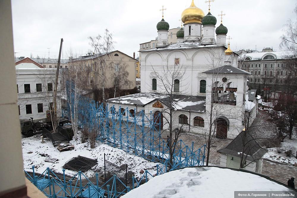 Начало строительства. Храм в честь Владимирской иконы Божией Матери