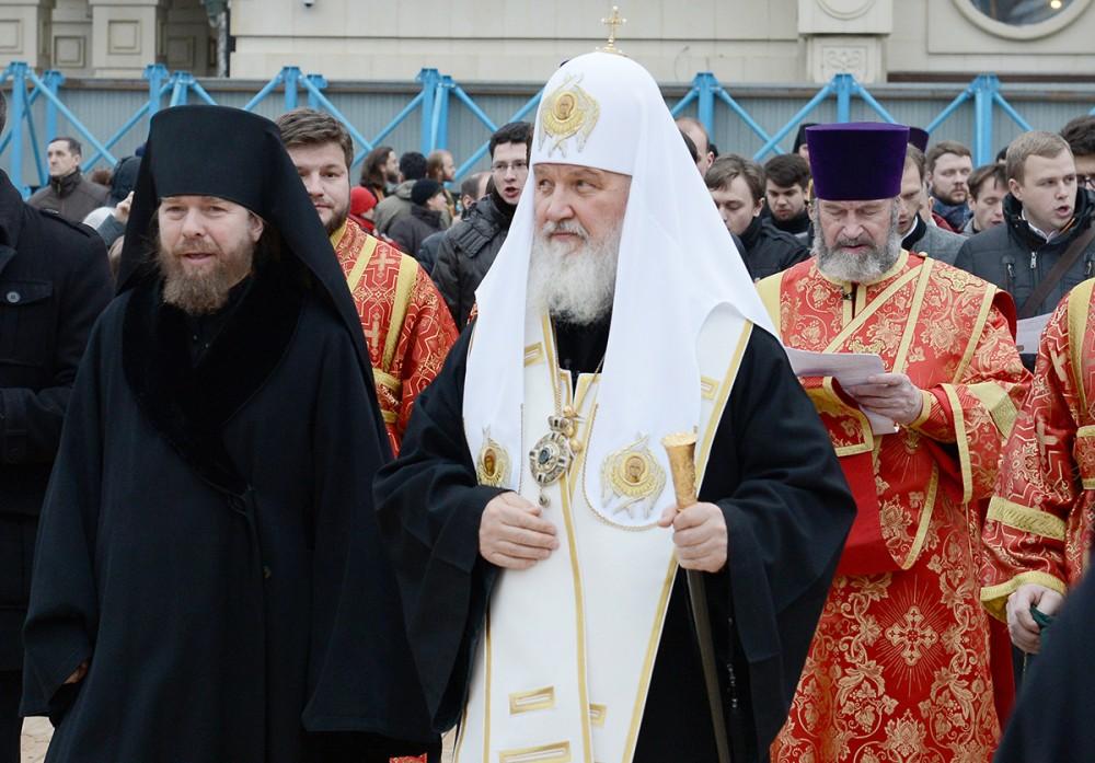 Святейший Патриарх Кирилл и архимандрит Тихон