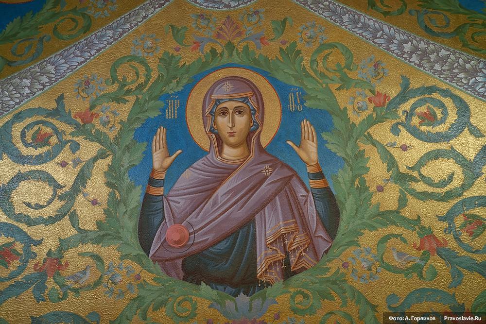 Матерь Божия. Роспись нижнего храма