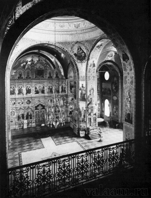 The interior of the upper church of the Transfiguration Cathedral. View from the choir loft.