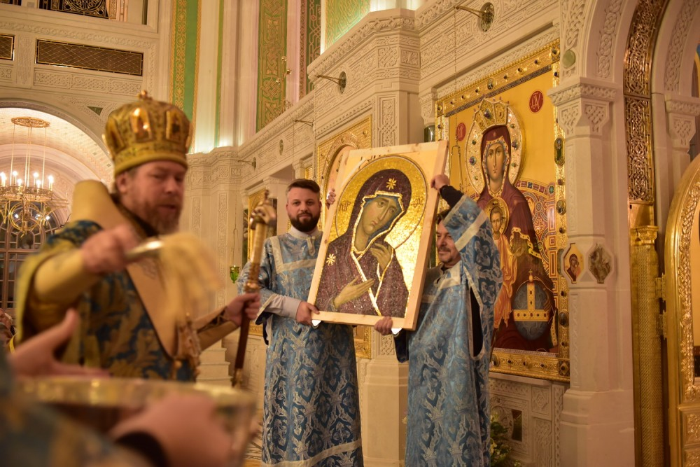 Освящение мозаичной иконы Божией Матери