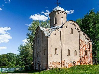 Церкви передадут три новгородских храма XIV–XV вв.