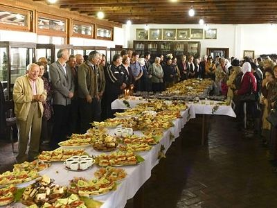 "17,000+ benefit from Romanian Church's ""Table of Joy"" social program in 2016"