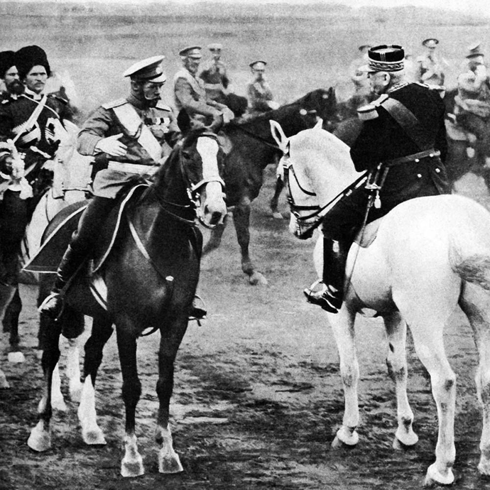 Император Николай II c французский генерал Жофр.