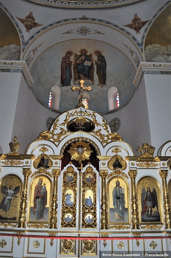 The iconostasis of the Ascension Monastery on the Mount of Olives.