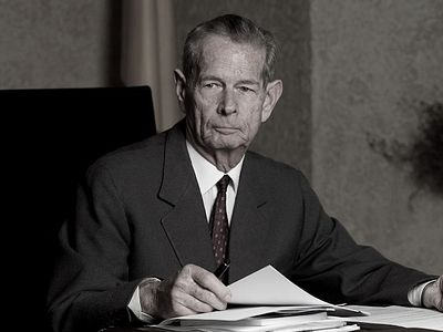 "King Michael I of Romania was ""symbol of the unity and dignity of the Romanian people"""