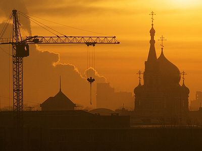 62 churches built in Moscow in 8 years