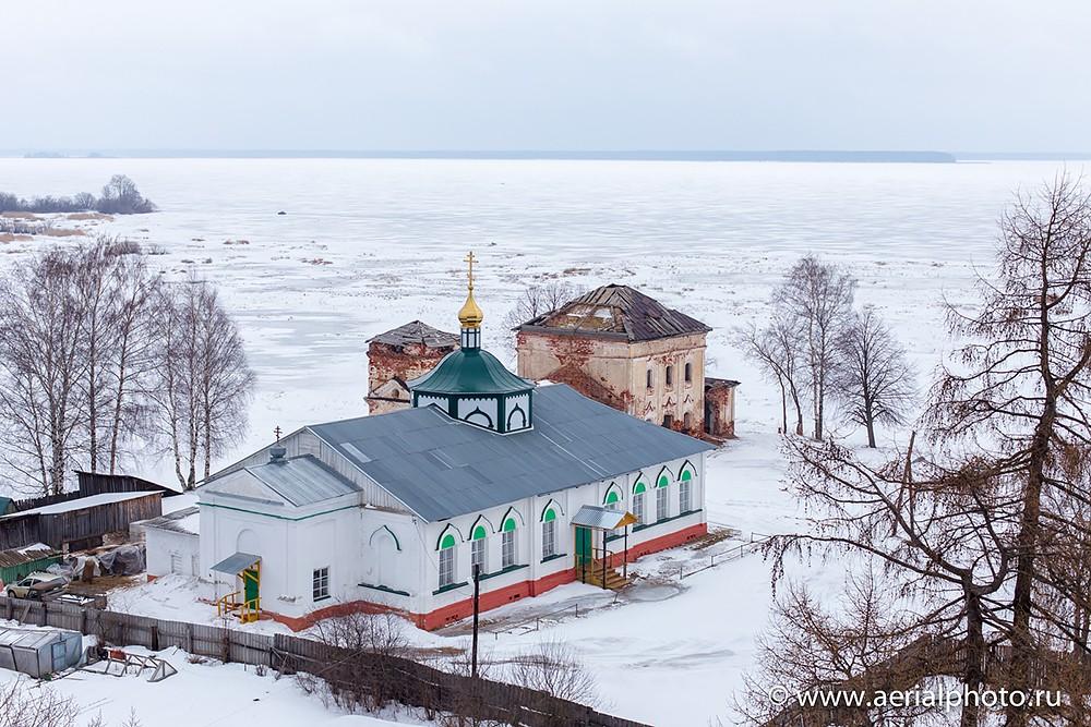 Церковь Троицы Живоначальной в Весьегонске