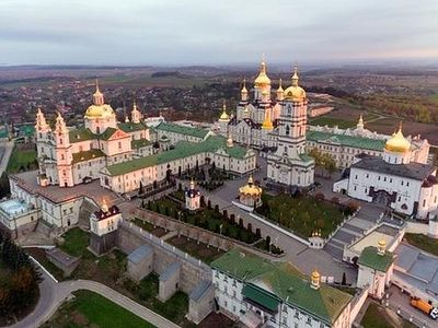 Pochaev Lavra responds to media lies, attempts to seize its buildings