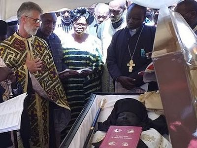 Bishop Athanasius of Western Kenya laid to rest (+ VIDEO)